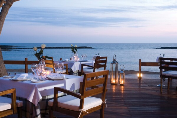 39 ASIMINA SUITES HOTEL KYMATA DINNER